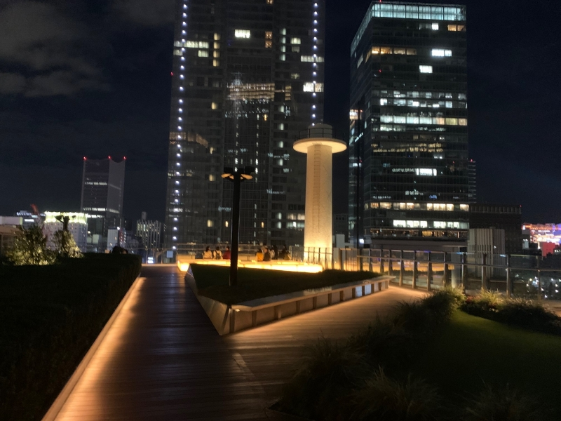 Night view toward Tokyo station
