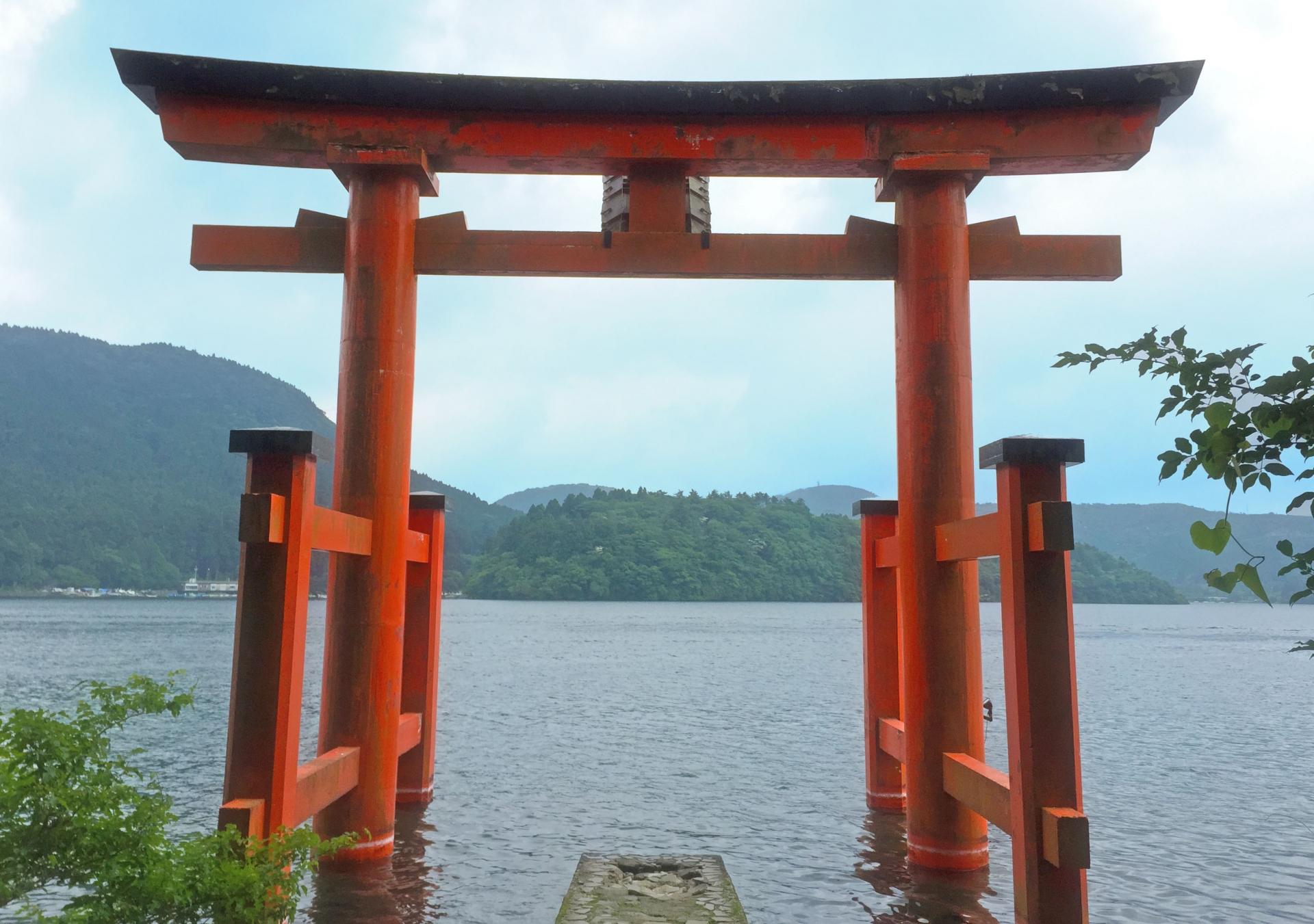 Lake Ashi & Hakone Shrine