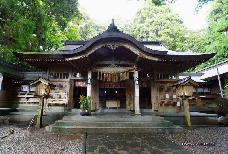 Many Japanese myths remain near Takachiho Gorge.