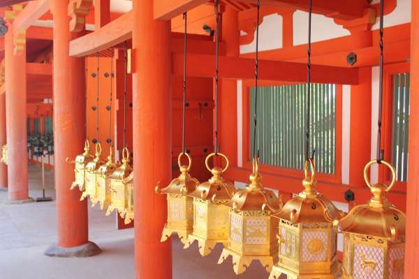 Hanging lanterns at the main gate.
