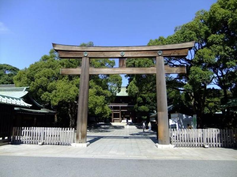 Meiji-jingu Shrine.  It enshrines Emperor Meiji,  who had successfully led Japan to the modern country after Meiji Restoration in 1868.