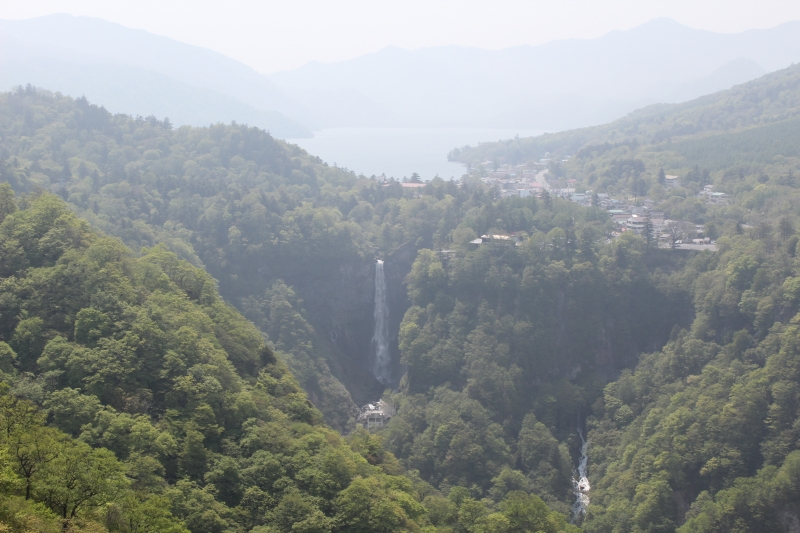 Lake Chuzenji and Kegon Falls : The water flowing from the lake plunge into the falls.  These are located in the foot of Mt. Nantai with 2,500m high.