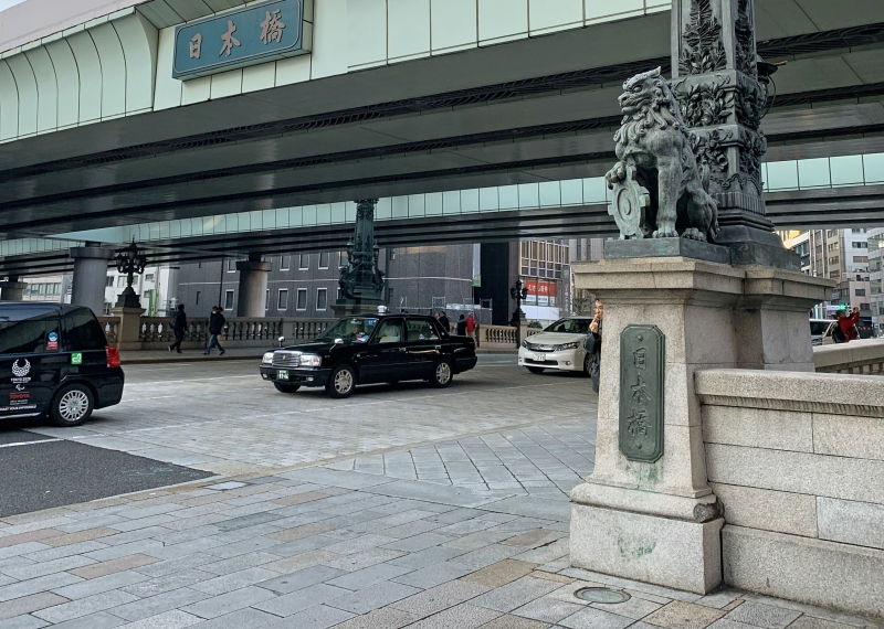 Nihonbashi Bridge : It's originally built in 1603 over Nihonbashi river.  It was known as the beginning of the major trunk roads which connected Edo and local cities.  You can see its original model at the entrance of Edo-Tokyo Museum.