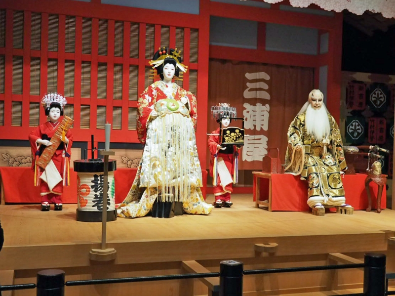 a model of Sukeroku stage in Kabuki : Kabuki is a traditional Japanese theater originated in early 17th century.  This is a scene in