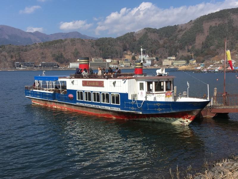 Cruising at Lake Kawaguchi