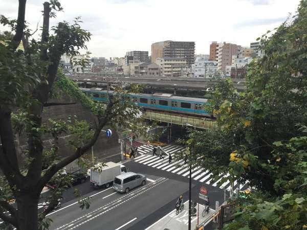 Nishi-Nippori station from Dokan-yama park