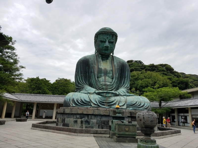 Great Buddha has been sitting here since it was built in the Kamakura era.