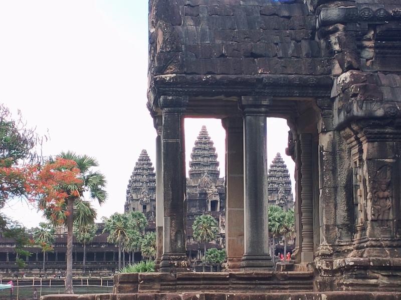 Best spot with each tower between column