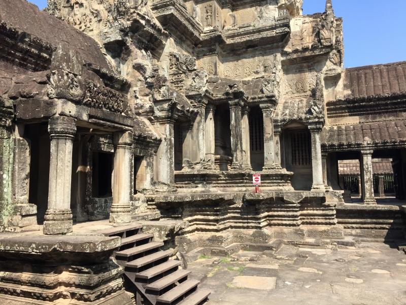 Hall of the Thousand Buddhas