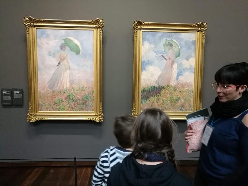 Monet, Femme à l'ombrelle tournée vers la droite and pendant