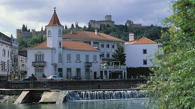 Private Transfer to/from Tomar/Lisbon