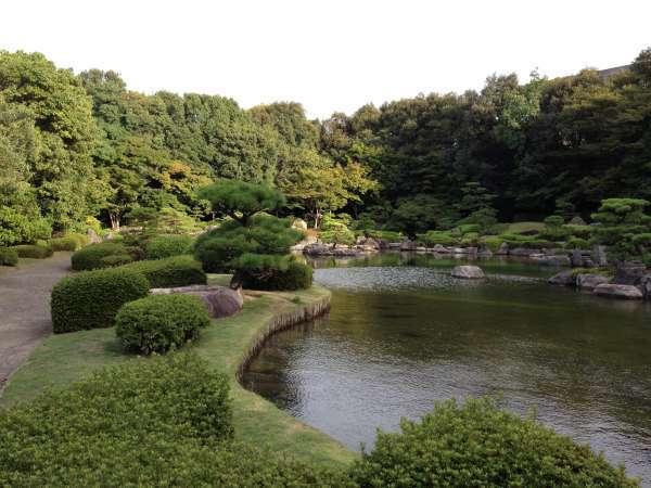 Japanese landscape garden in Ohori Park. Through walking around the park, you can touch the traditional culture of Japan.