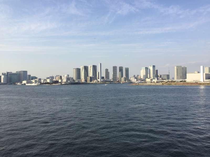 S5. Odaiba (View of Tokyo from Rainbow bridge)