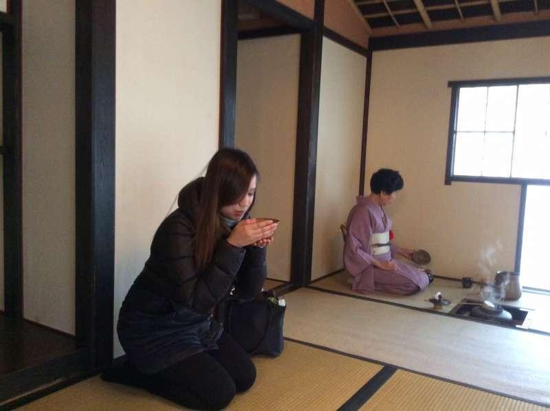 Tea ceremony in January