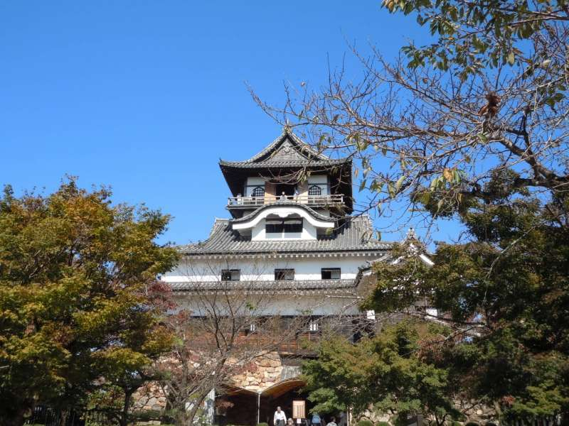 Two National Treasures of Inuyama and Castle Town