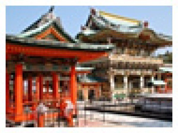 6. A town walk in Ikuchijima Island and Setoda (Kosanji Temple, Ikuo Hirayama Museum of Art, etc.) On Ikuchijima Island, you can enjoy the gorgeous Kosanji Temple and the Ikuo Hirayama Museum of Art where many marvelous works of his art are on display. He is said to strongly represent Japanese artists. This island is also renowned for sweet oranges and fresh seafood.