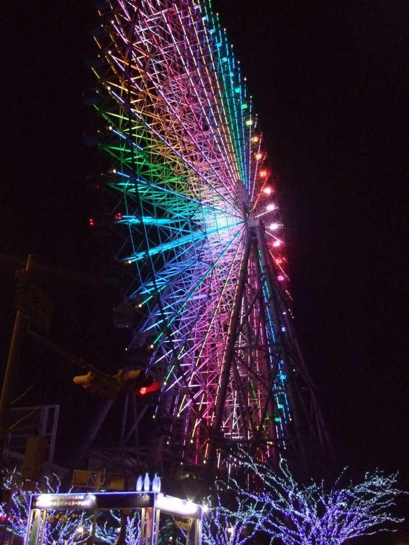 大阪港天保山碼頭上的世界最大級