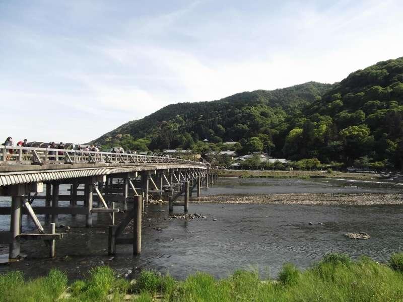 Togetsukyo bridge, the representative scenery of Arashiyama.