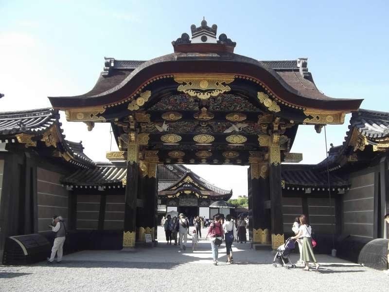 Gorgeous Karamon-gate to Ninomaru Palace in Nijo-jo Castle.