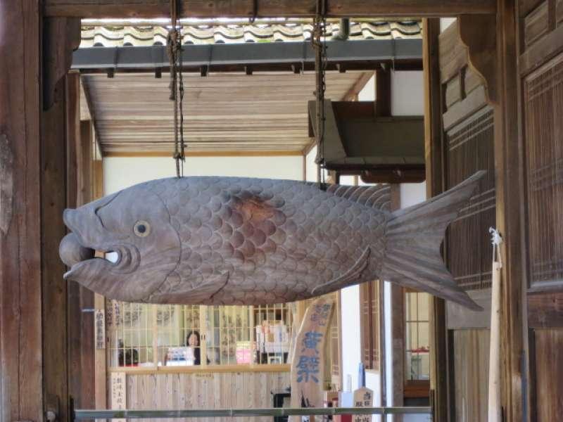大木鱼(在万福寺)