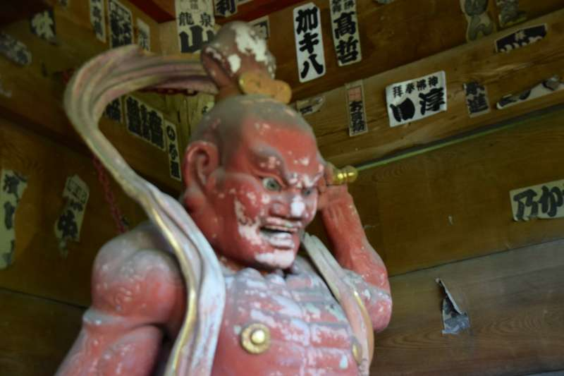 Statue of Sugimoto-dera temple