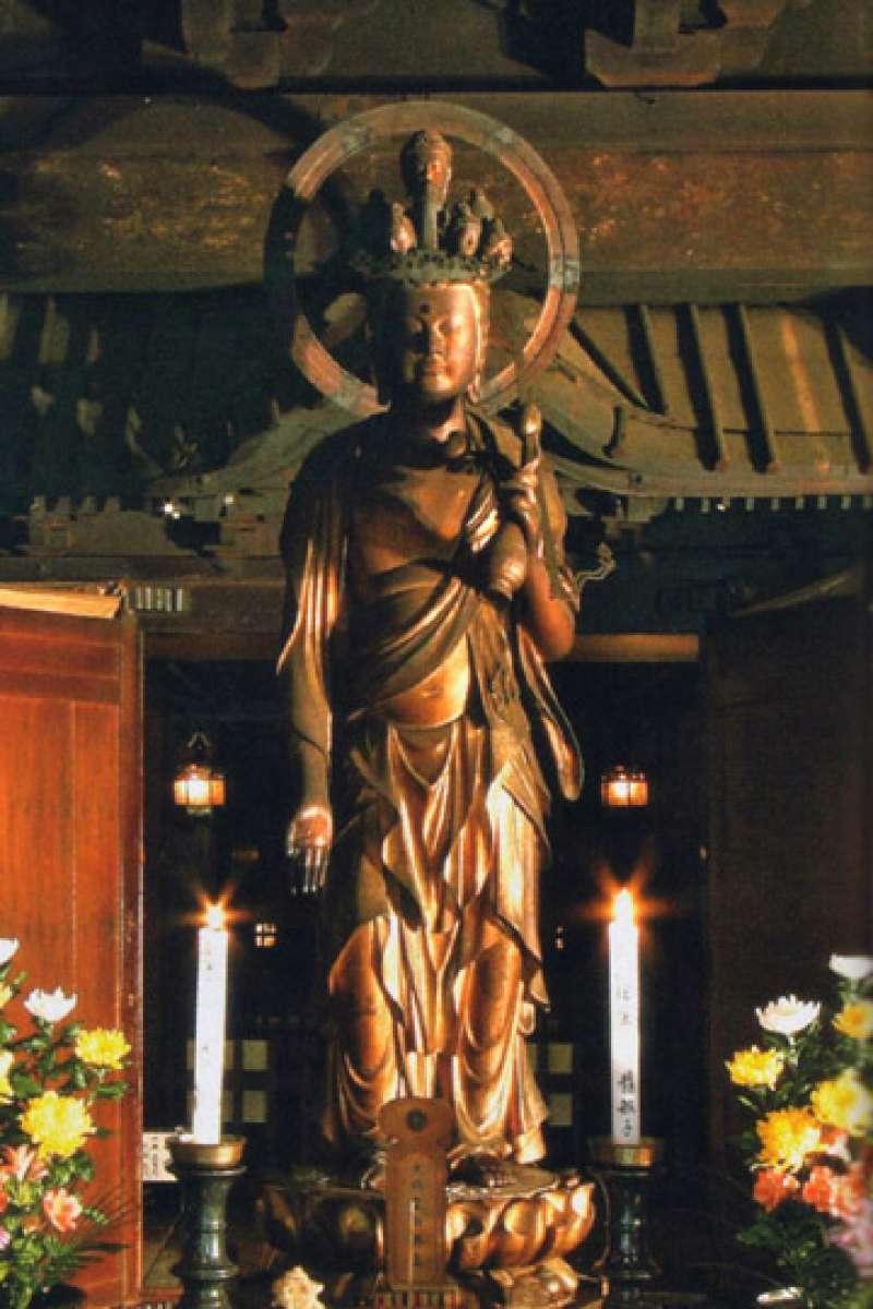 Sugimoto-dera Kanon statue