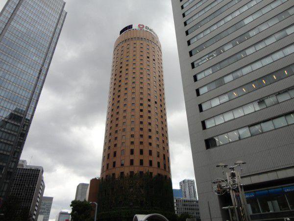 Maru Building