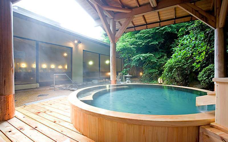 Special#4. A public outdoor hot spring bath at Hakone Yumoto