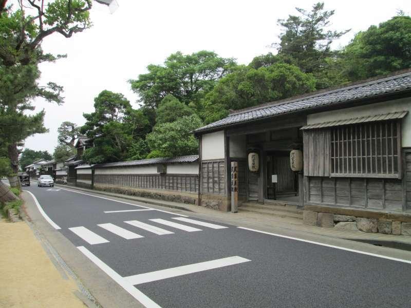 Samurai Street and the gate of Samurai Residence
