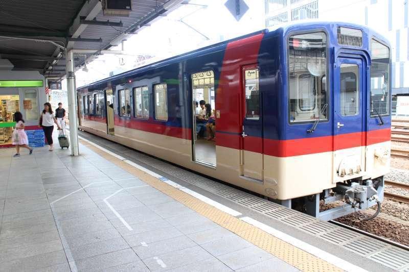 Local train between Mito and Oarai