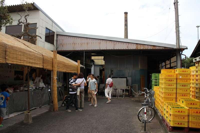 Tokun Sake Brewery; you can enjoy a brewery tour and taste delicious Sake
