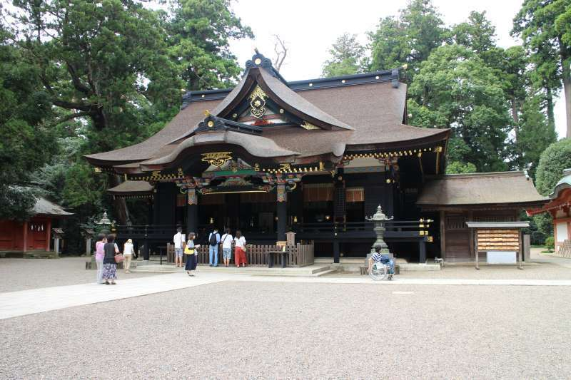 Katori-jingu Shrine, one of the oldest shrines in Japan (Option, You can go by taxi or rental bicycle)