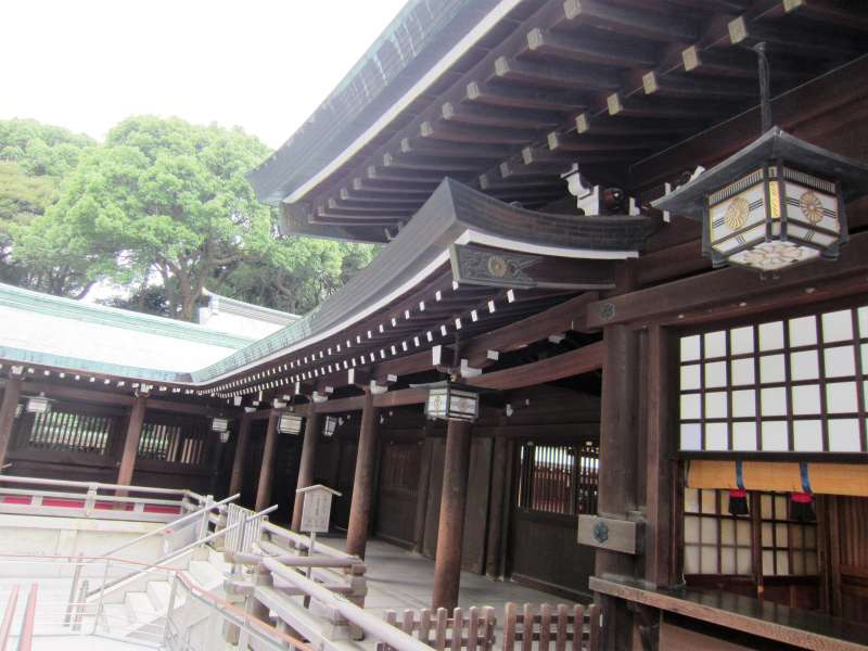 Meiji Shrine: Dedicated to the spirits of Emperor Meiji and his wife.