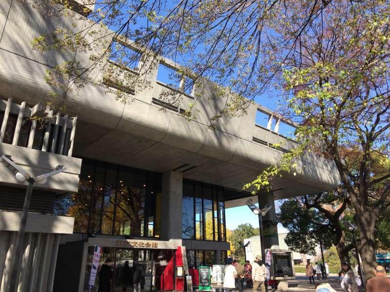 The Tokyo Bunka Kaikan, or The Metropolitan Festival Hall, designed by Kunio Maekawa, built in 1961