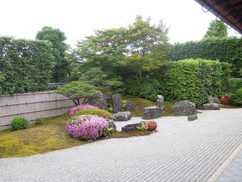 Tips for the Appreciation of Buddhist Statuary  (3)