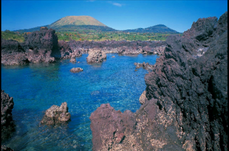 "Travel to ""Hideout Islands"" of ""GOTO ISLANDS"", one of the real unbeaten tracks in Japan !!"