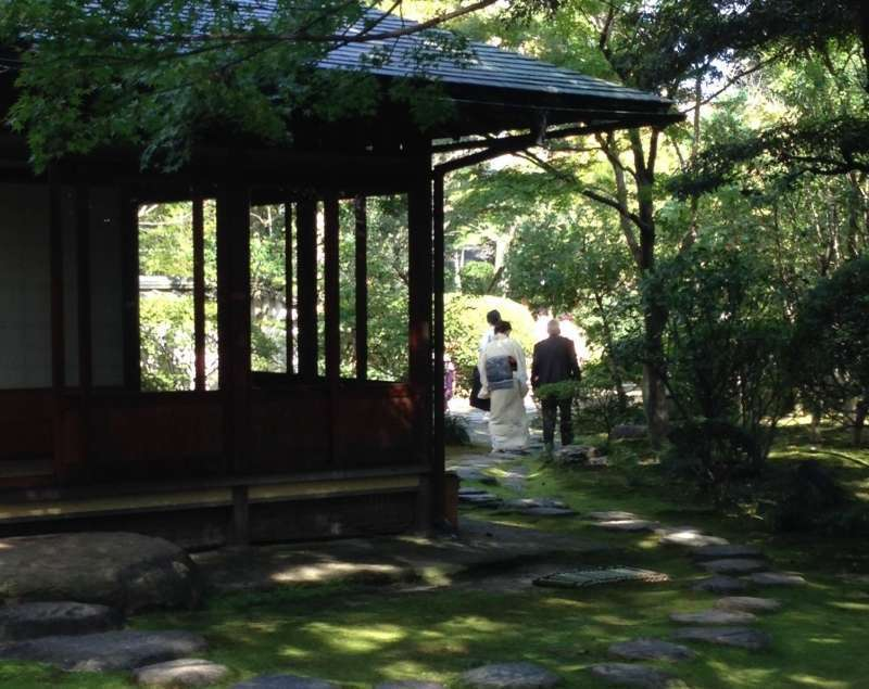 Three tea houses are located in a beatiful Japanese garden with many trees and seasonal flowers. The atmosphere might take you back to the medieval days.