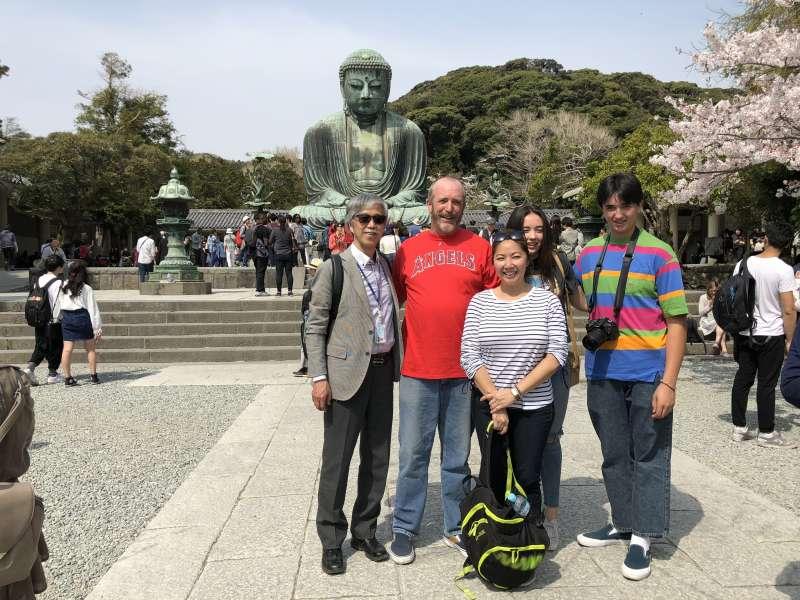 Kamakura, the Great Buddha and history walking