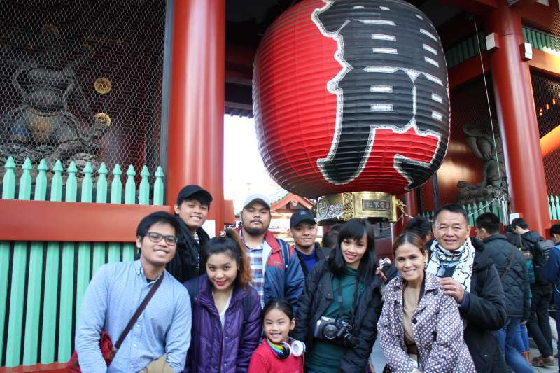 Asakusa (Sensoji Temple) is one of the most popular places for forign visitors.