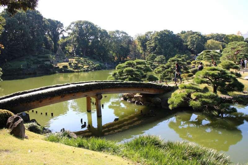Kiyosumi Gardens, a typical Japanese garden.