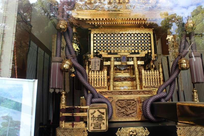 The biggest portable shrine in Japan exhibited in Tomioka Hachimongu Shrine.