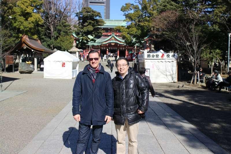 Tomioka Hachimangu Shrine is quite popular among foreign visitors.