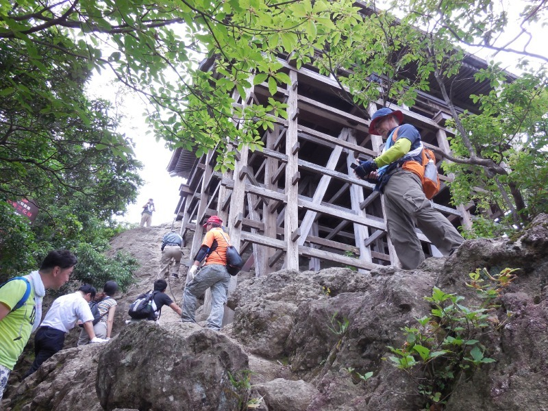 Monju-do is in the half way of the trek. You can see some historic buildings of mountain worship.