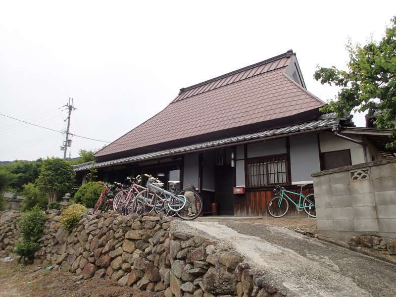 You can choose to stay at an old Japanese house if available. (need advanced arrangements)