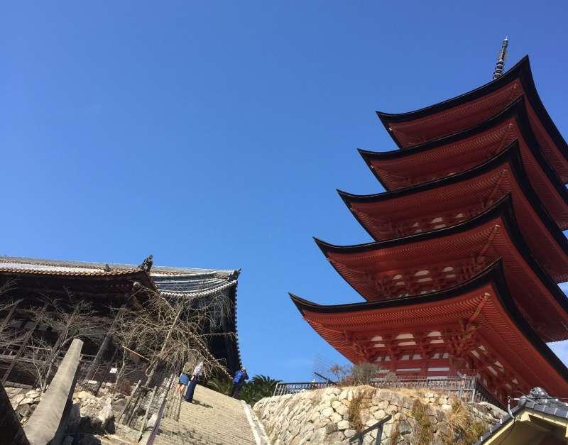 Senjokaku (Toyokuni Shrine) and Pagoda