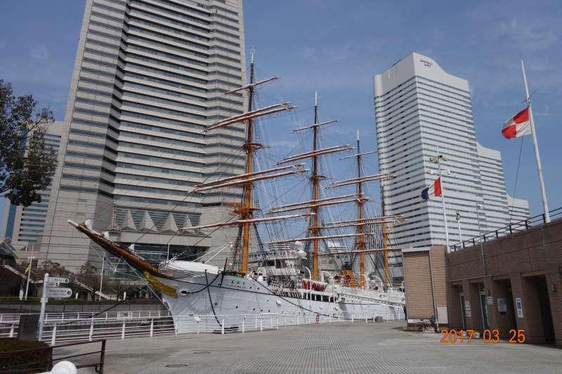 Nippon Maru and Yokohama port museum