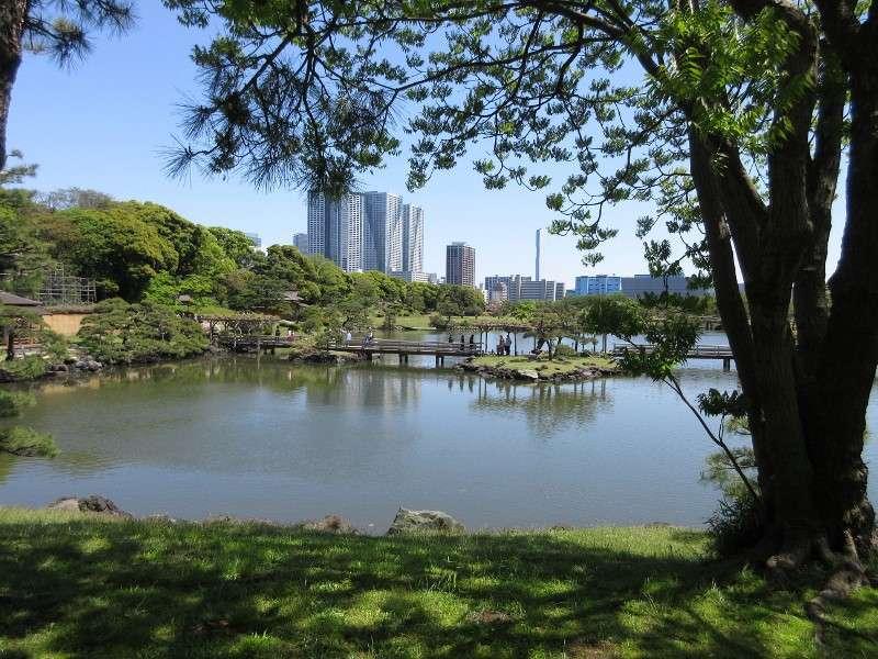 Hamarikyu is a former villa of Tokugawa Shogun in 17th century.