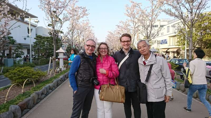 With my guests at Kamakura