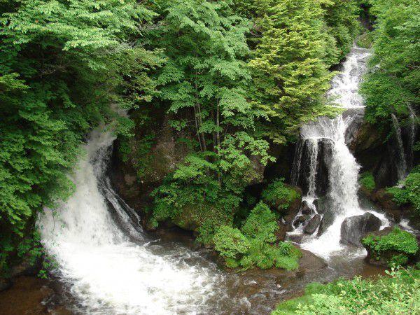 Ryuzunotaki waterfall