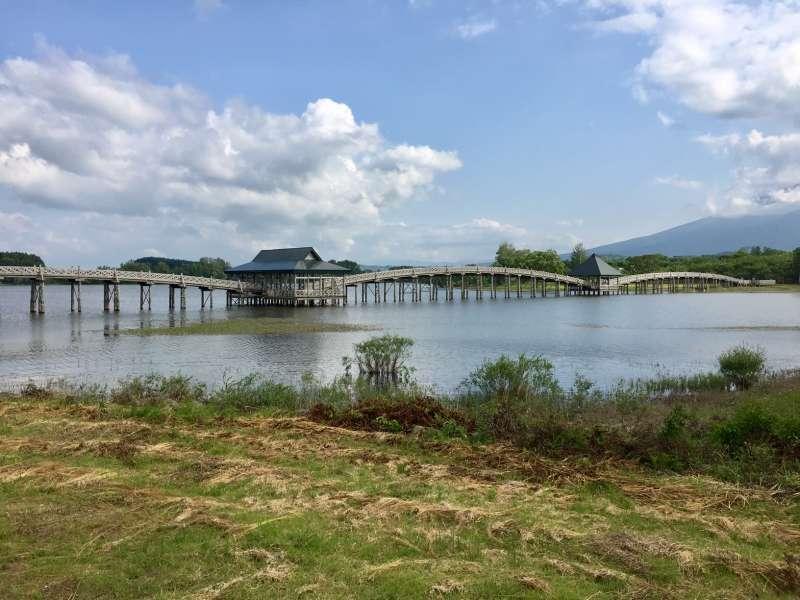 Tsuru no Mai Bridge over Tsugaru Fujimi Lake